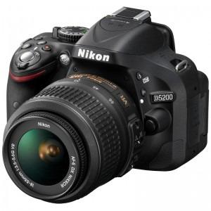 1. Nikon D5200