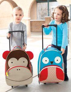 7321a03d8134a Nie ma znaczenia czy zakupiona walizka ma służyć Twojemu dziecku do szkoły,  czy w czasie rodzinnych wyjazdów, ...